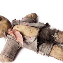 Muñeco vudú: ¿Para qué sirve?, ¿funciona? ¿cómo hacerlo? y más